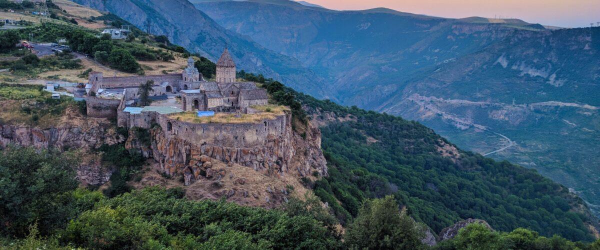 Azerbaijani Troops Advance Into Syunik -Armenia Applies to CSTO